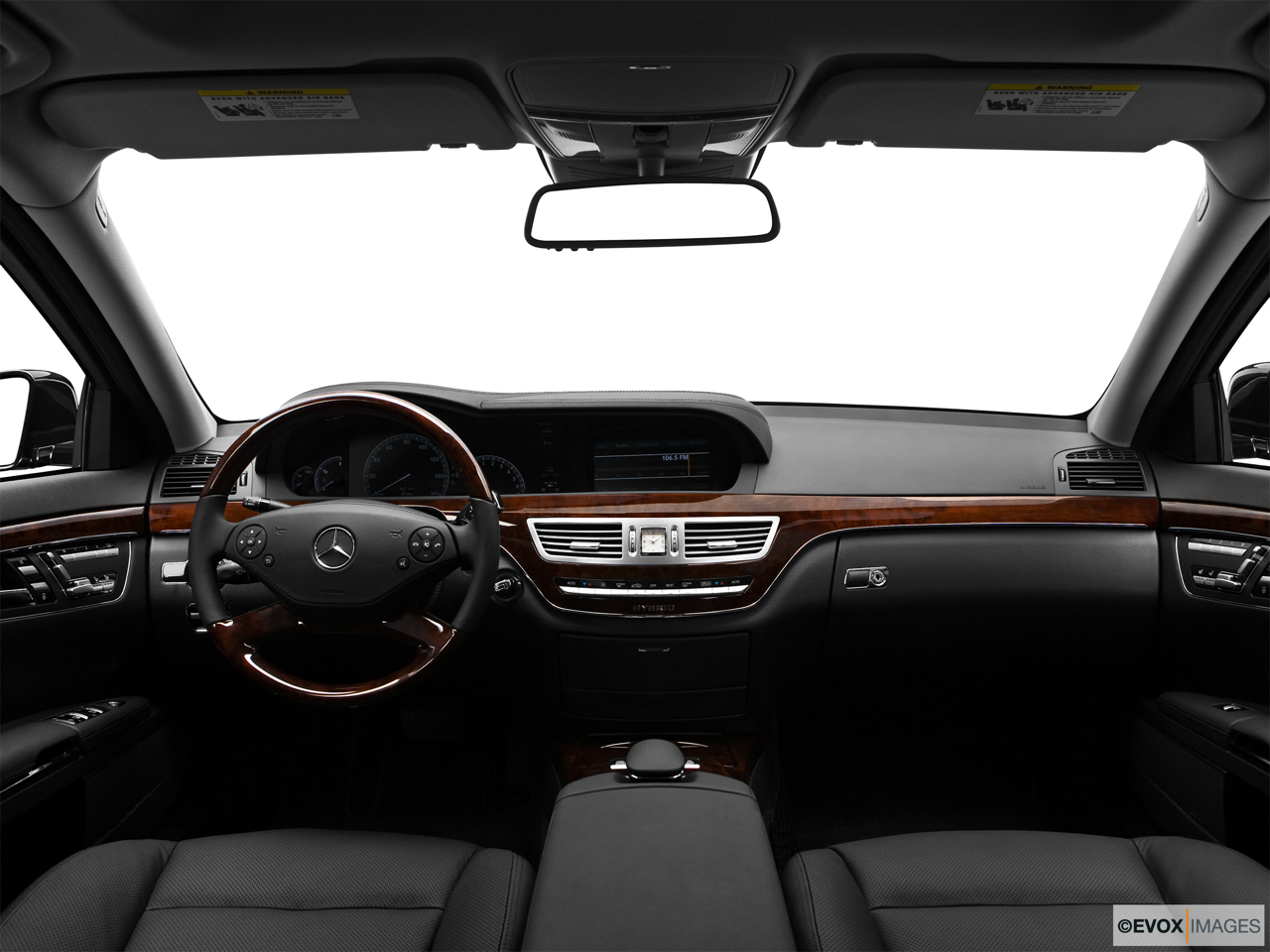 2010 Mercedes-Benz S-Class Hybrid S400 Centered wide dash shot
