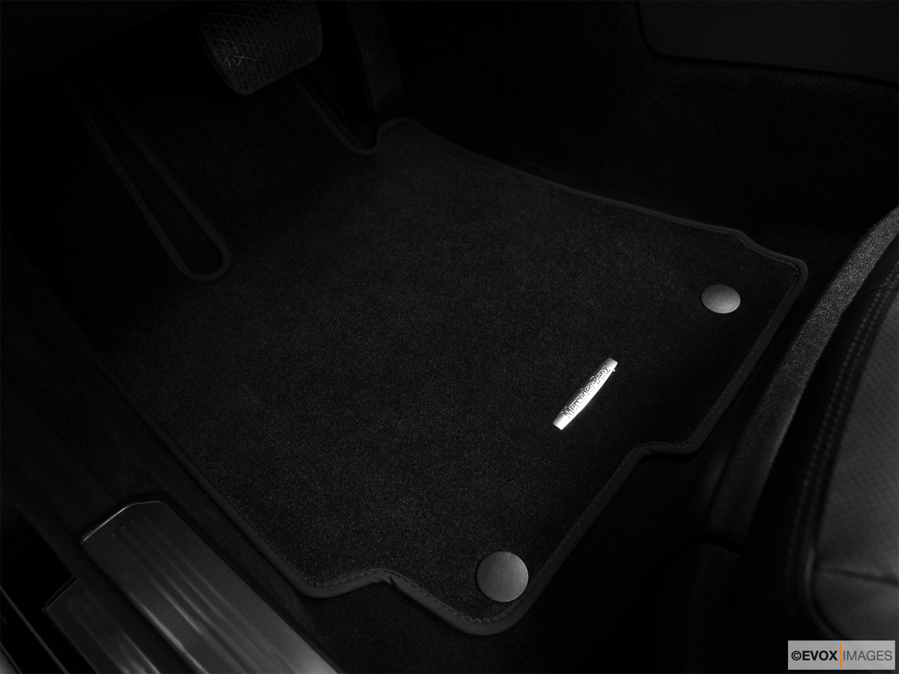 2010 Mercedes-Benz S-Class Hybrid S400 Driver's floor mat and pedals. Mid-seat level from outside looking in.