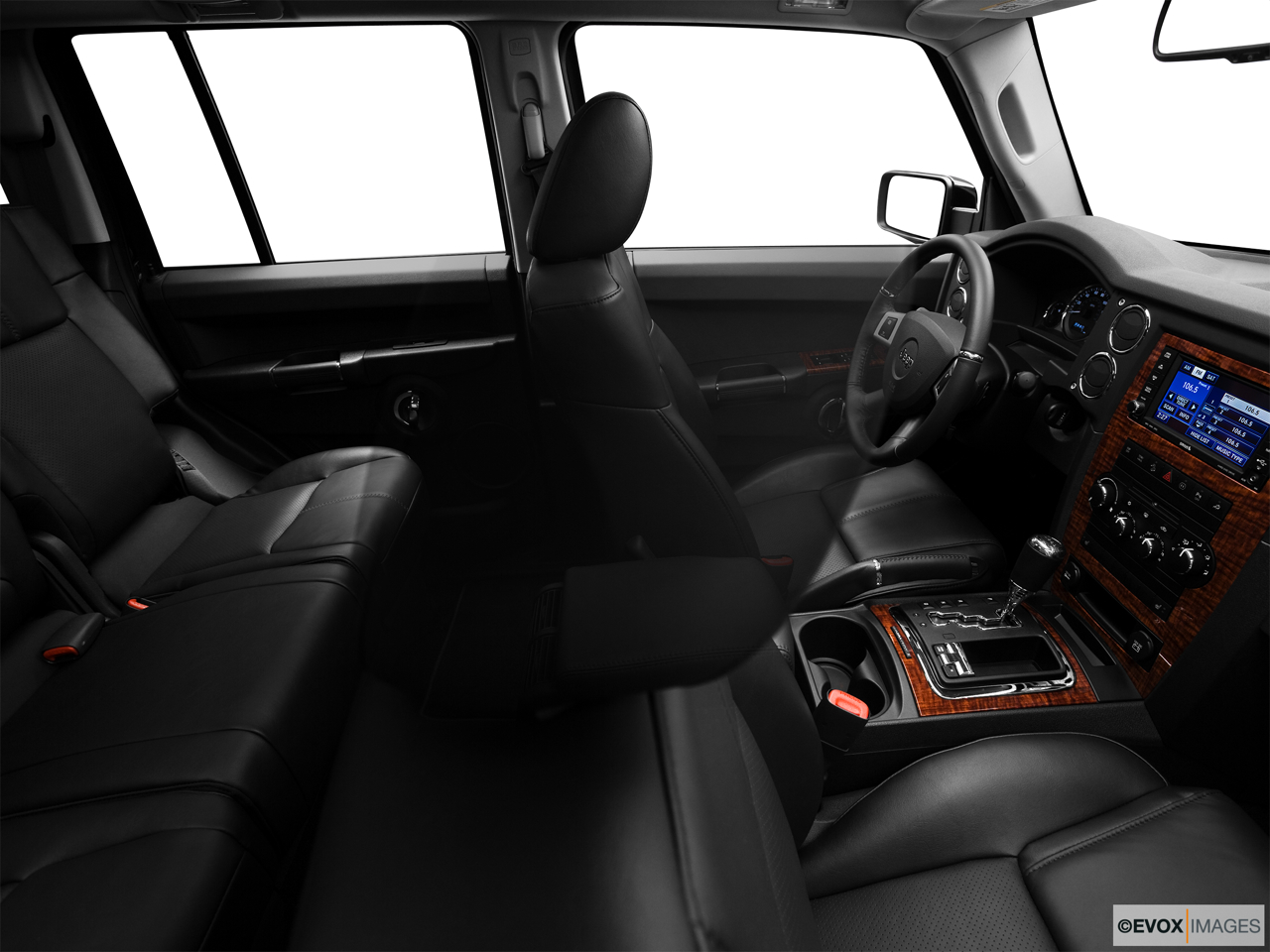 2010 Jeep Commander Limited Fake Buck Shot - Interior from Passenger B pillar.