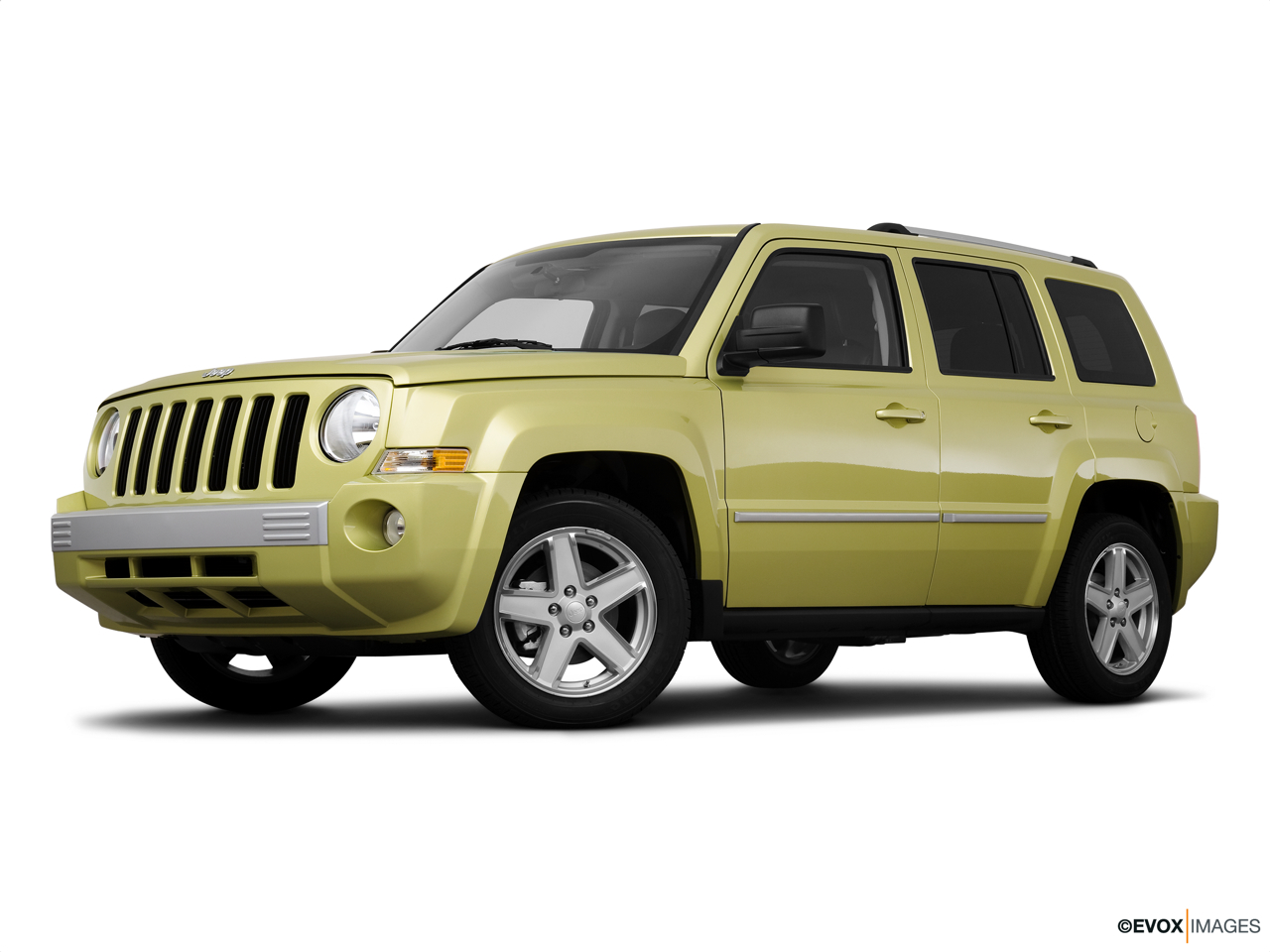 2010 Jeep Patriot Limited Low/wide front 5/8.