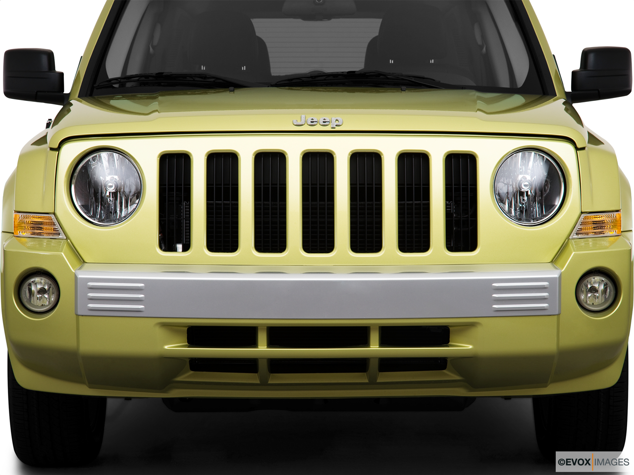 2010 Jeep Patriot Limited Close up of Grill.