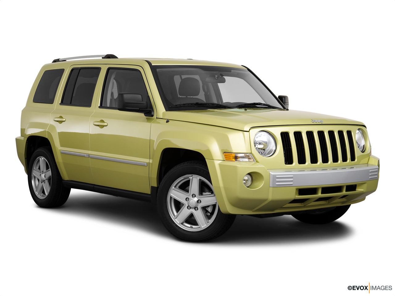 2010 Jeep Patriot Limited Front passenger 3/4 w/ wheels turned.
