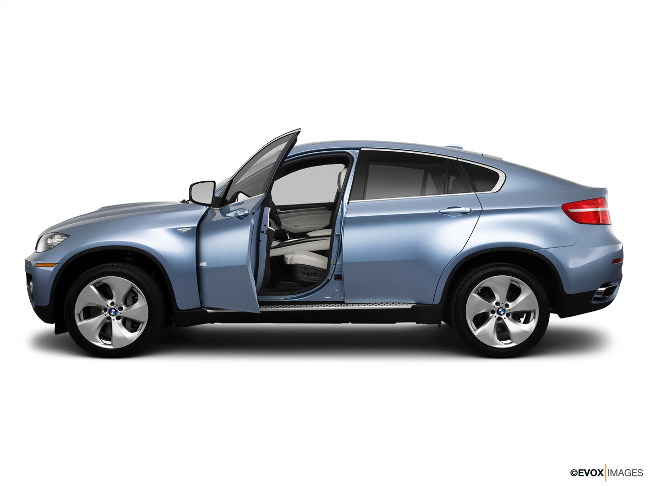 2010 BMW X6 Hybrid Base Driver's side profile with drivers side door open.