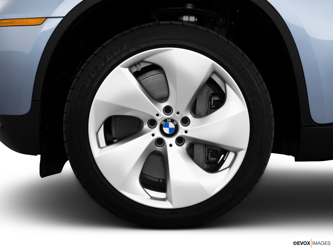 2010 BMW X6 Hybrid Base Front Drivers side wheel at profile.