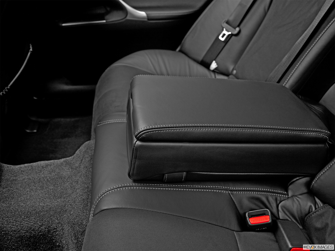 2011 Lexus IS 250 IS250 Rear center console with closed lid from driver's side looking down.