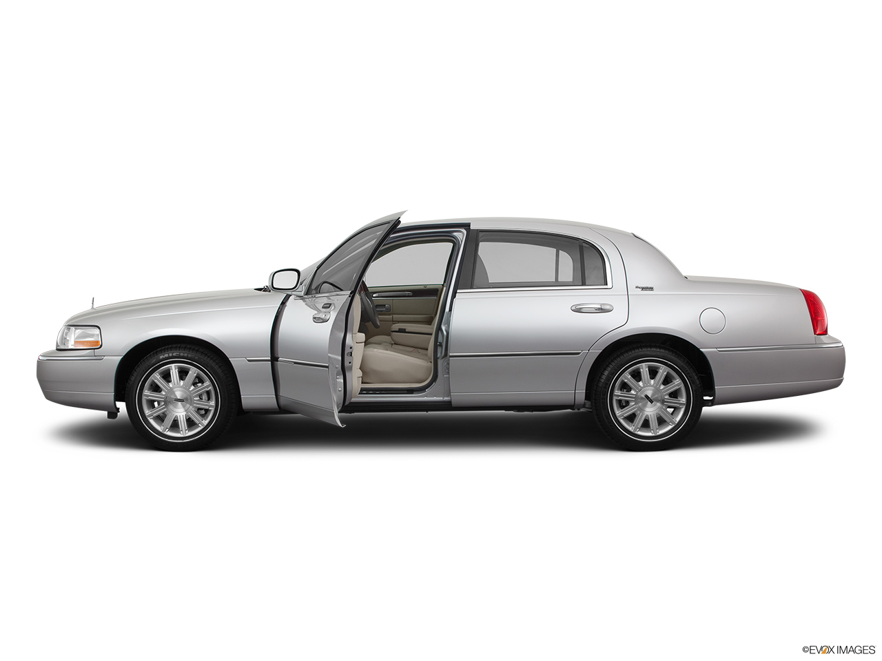 2011 Lincoln Town Car Signature Limited Driver's side profile with drivers side door open.