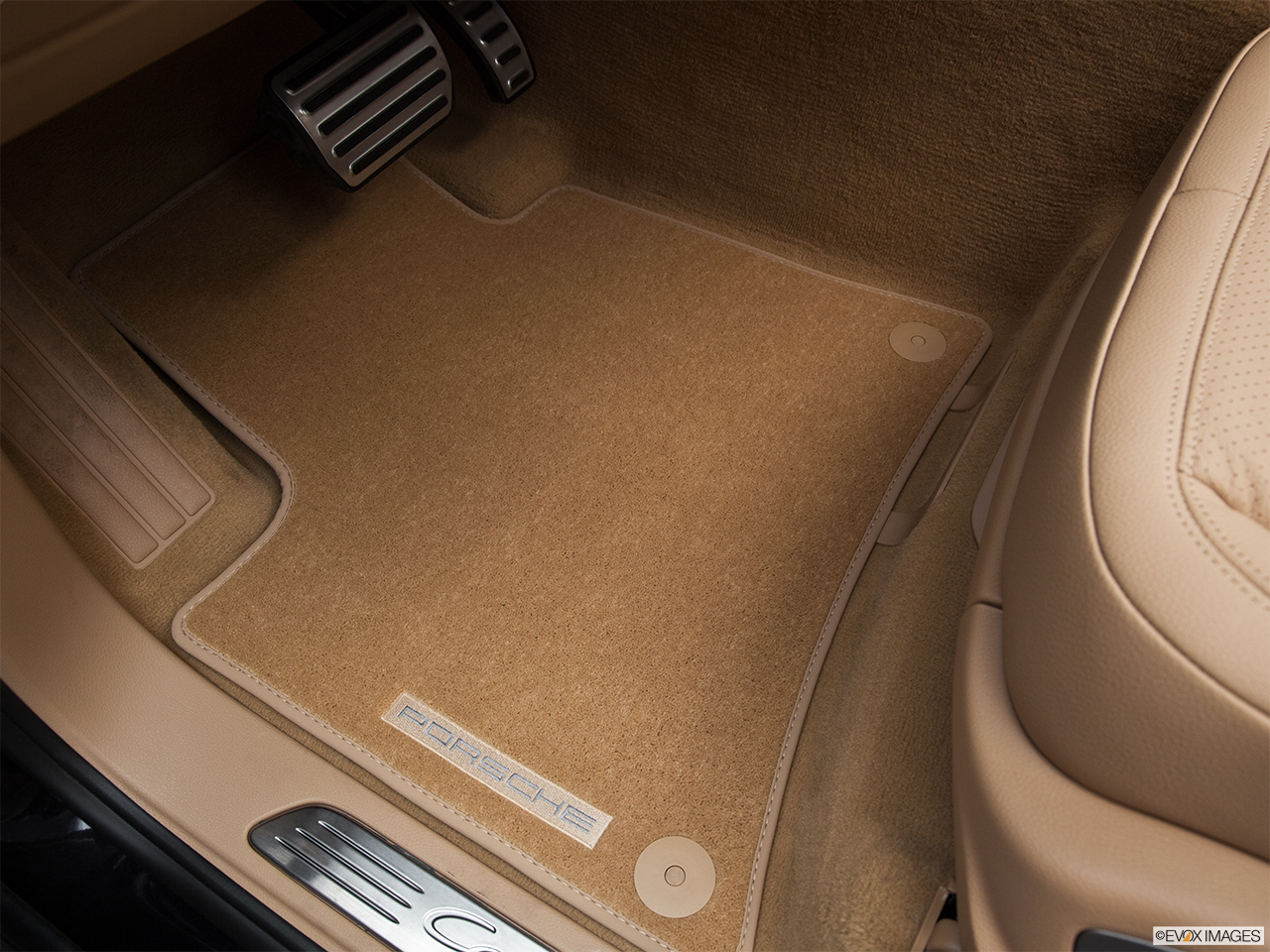 2011 Porsche Cayenne S Hybrid Base Driver's floor mat and pedals. Mid-seat level from outside looking in.