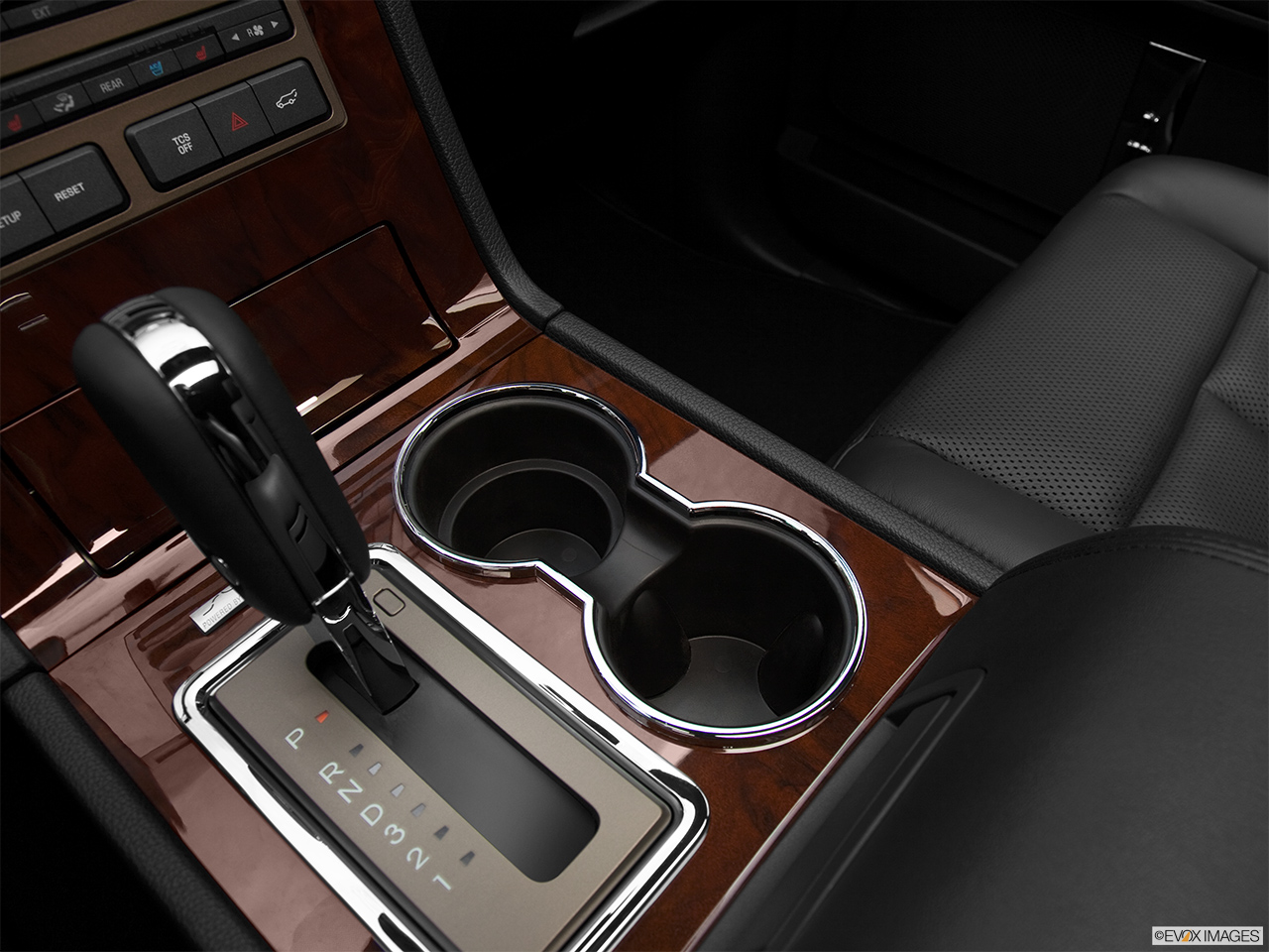 2012 Lincoln Navigator Base Cup holders.