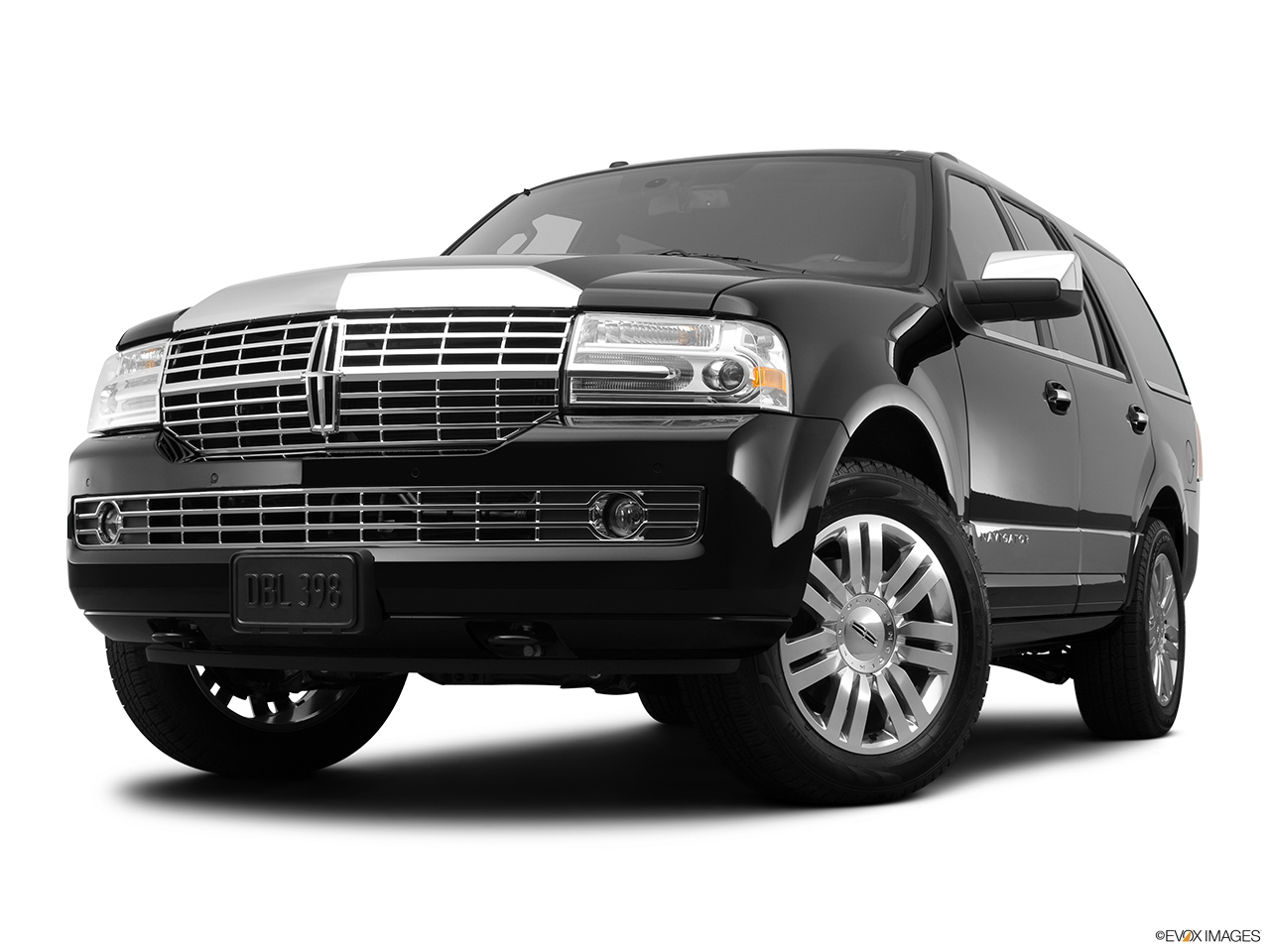 2012 Lincoln Navigator Base Front angle view, low wide perspective.