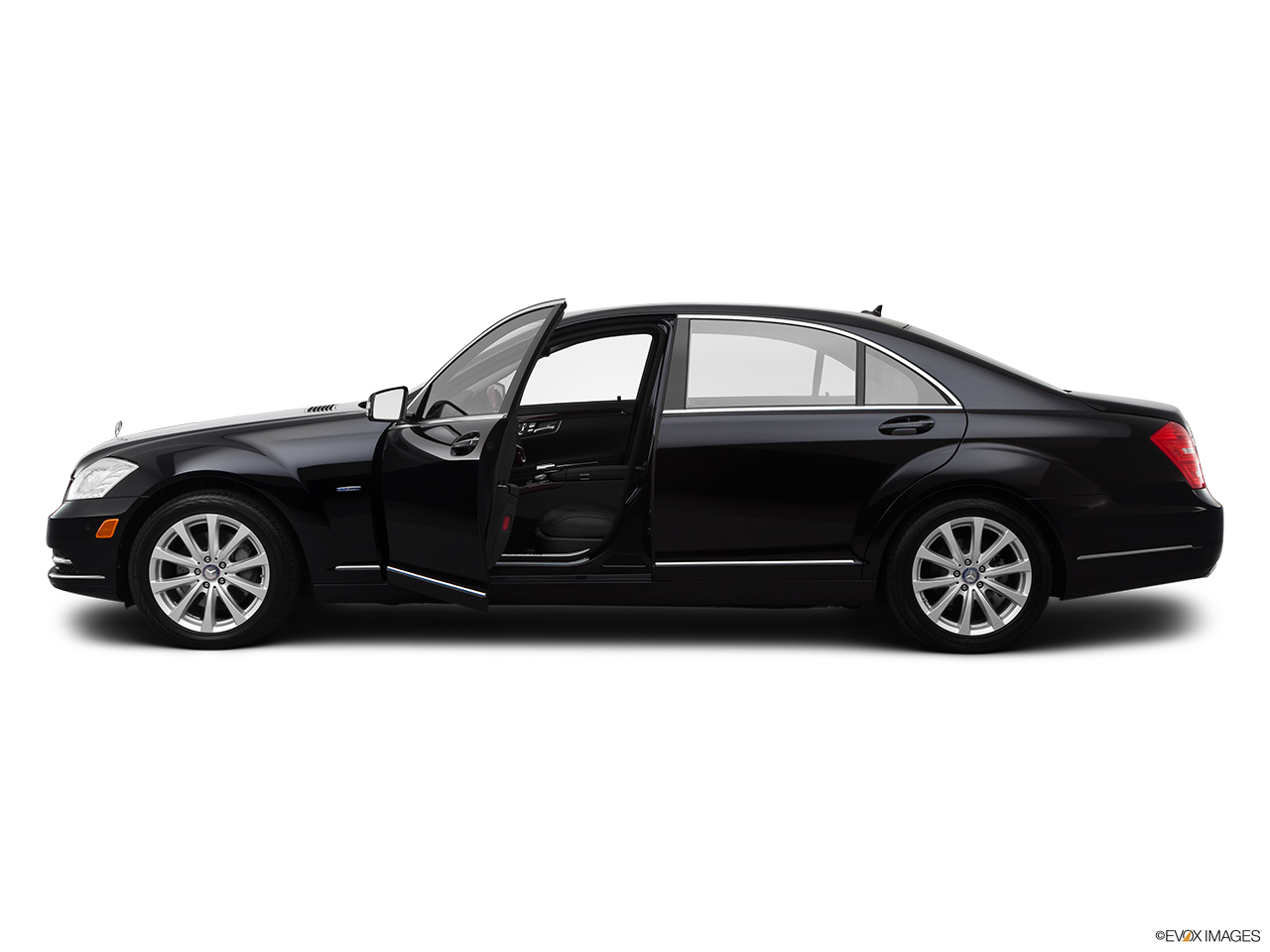 2012 Mercedes-Benz S-Class Hybrid S400 Driver's side profile with drivers side door open.