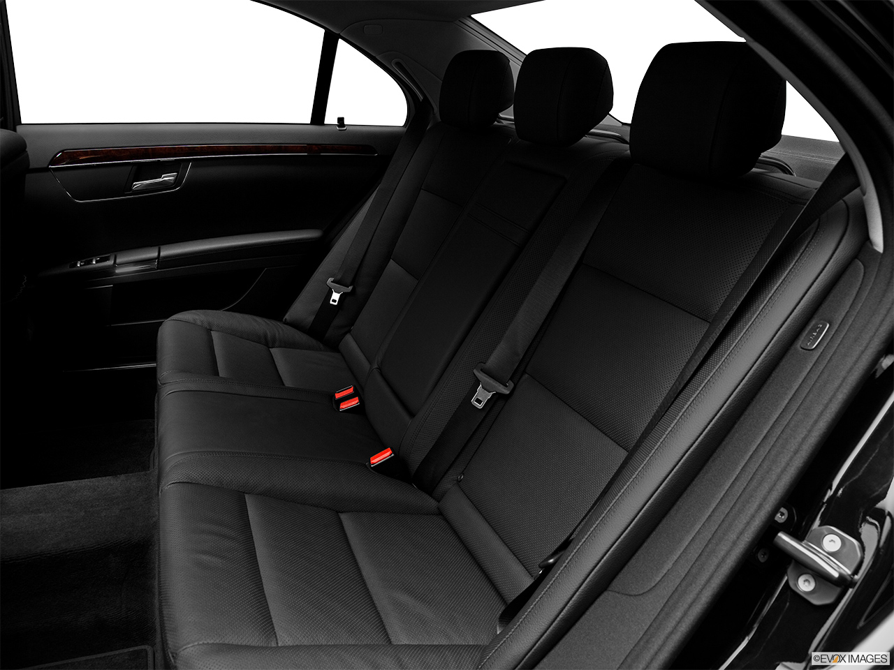 2012 Mercedes-Benz S-Class Hybrid S400 Rear seats from Drivers Side.