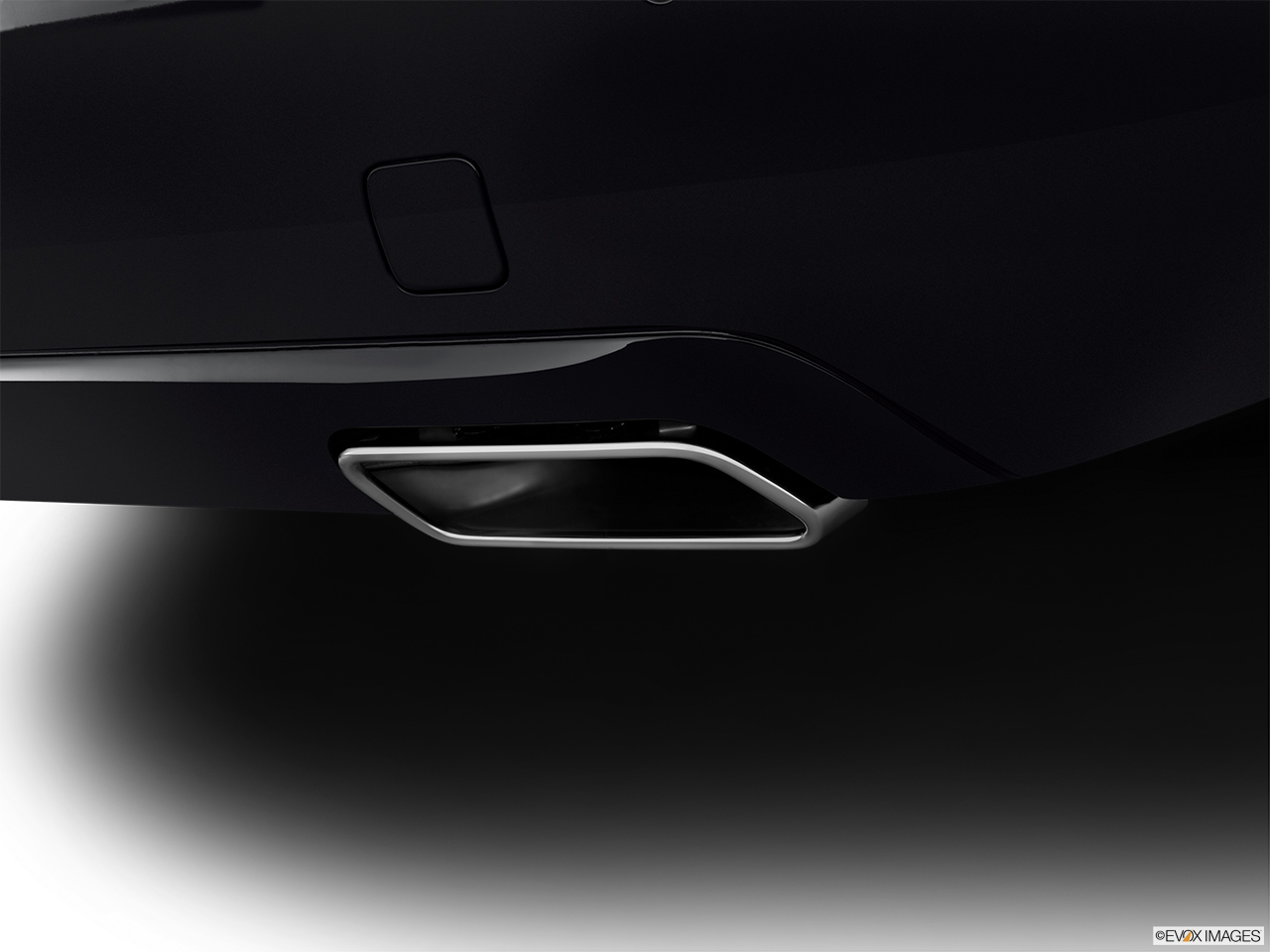 2012 Mercedes-Benz S-Class Hybrid S400 Chrome tip exhaust pipe.