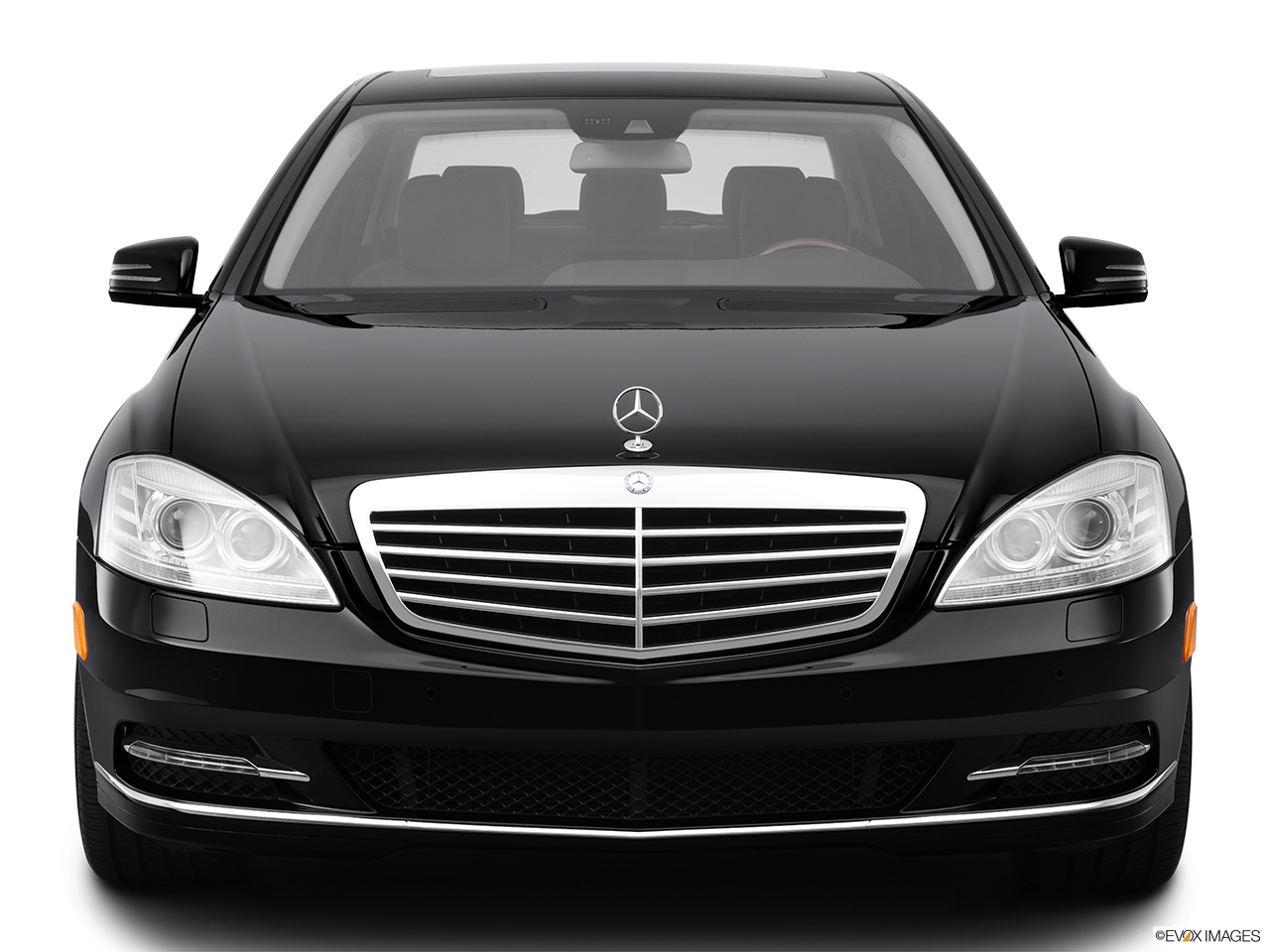 2012 Mercedes-Benz S-Class Hybrid S400 Low/wide front.