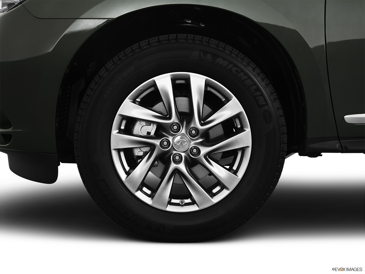 2013 Infiniti JX JX35 Front Drivers side wheel at profile.