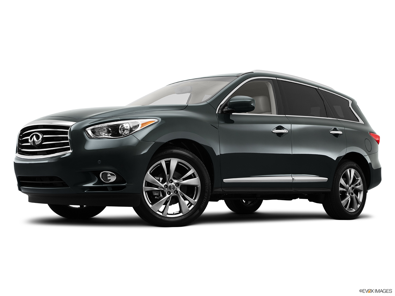 2013 Infiniti JX JX35 Low/wide front 5/8.