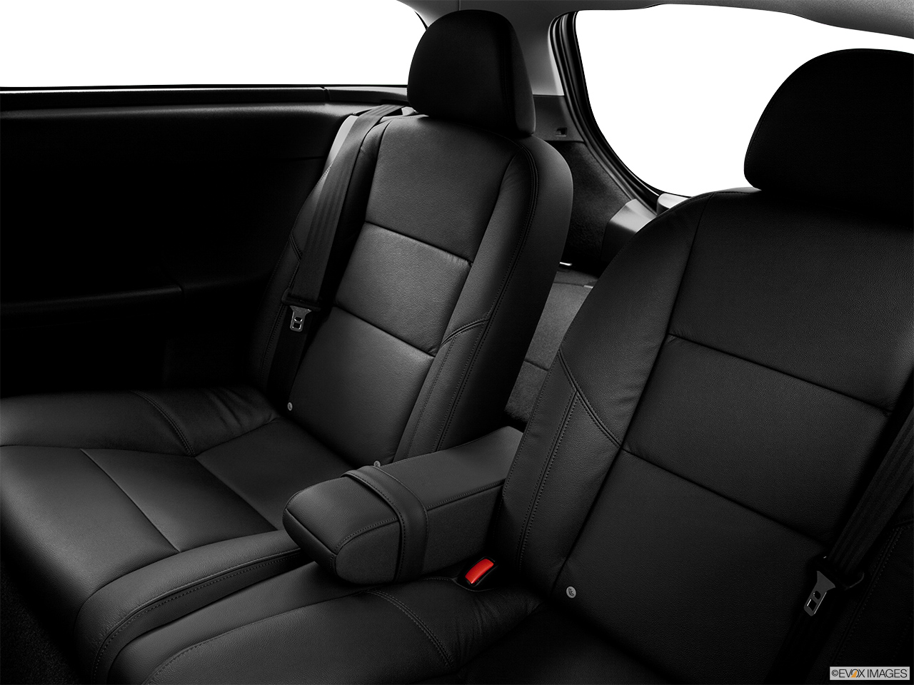 2013 Volvo C30 T5 Premier Plus Rear seats from Drivers Side.