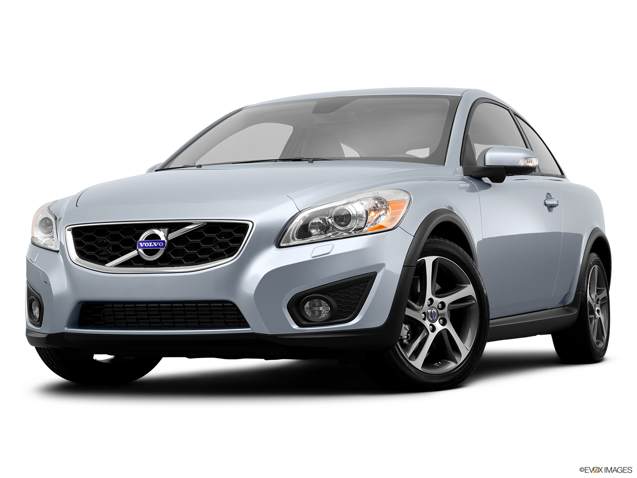 2013 Volvo C30 T5 Premier Plus Front angle view, low wide perspective.