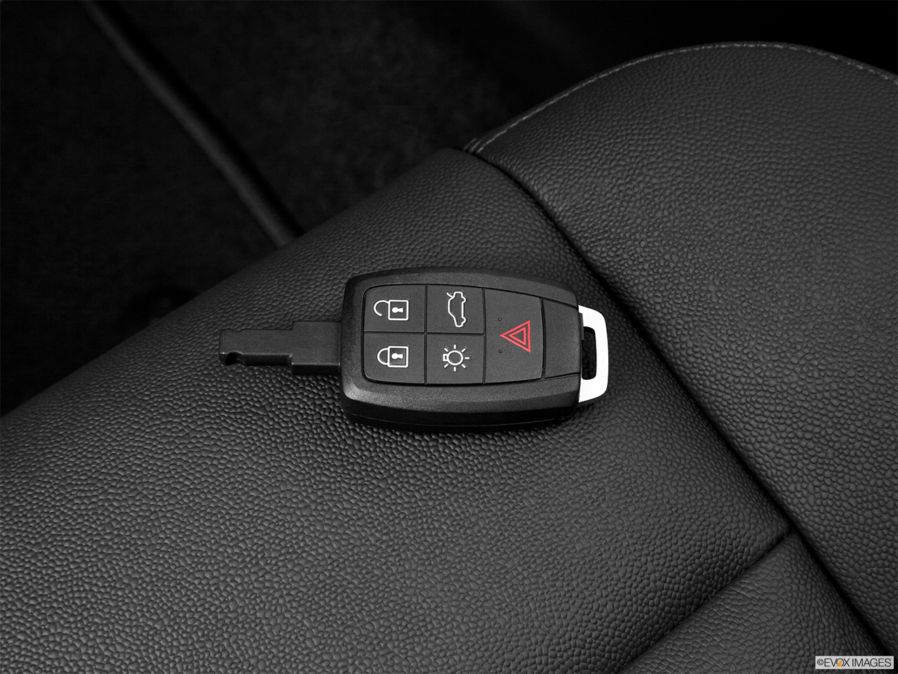 2013 Volvo C30 T5 Premier Plus Key fob on driver's seat.