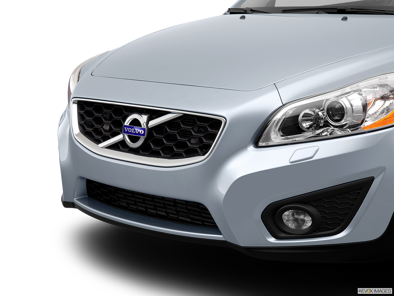 2013 Volvo C30 T5 Premier Plus Close up of Grill.