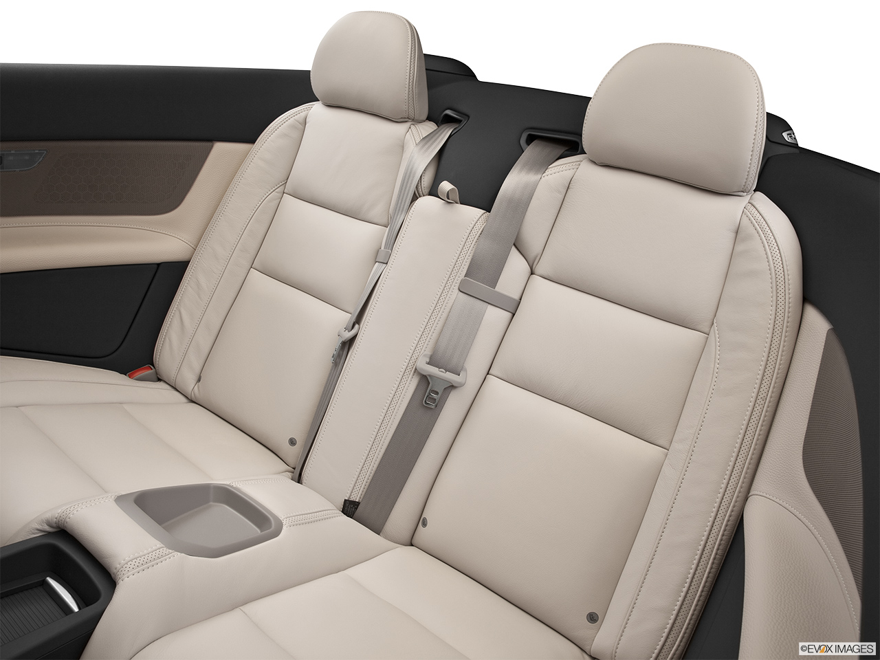 2013 Volvo C70 T5 Platinum Rear seats from Drivers Side.
