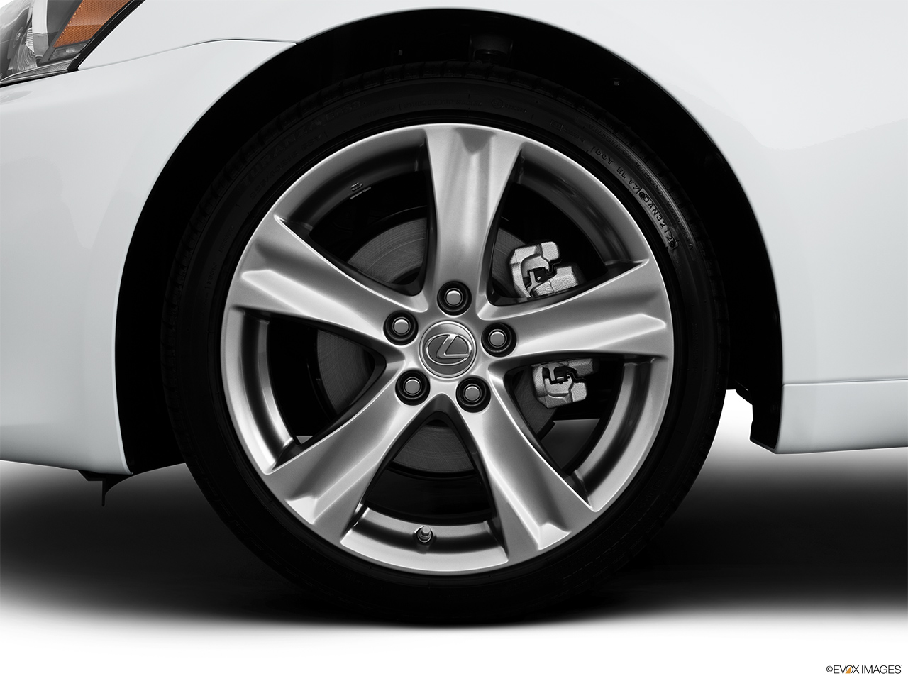 2013 Lexus IS 250 IS 250 RWD Front Drivers side wheel at profile.