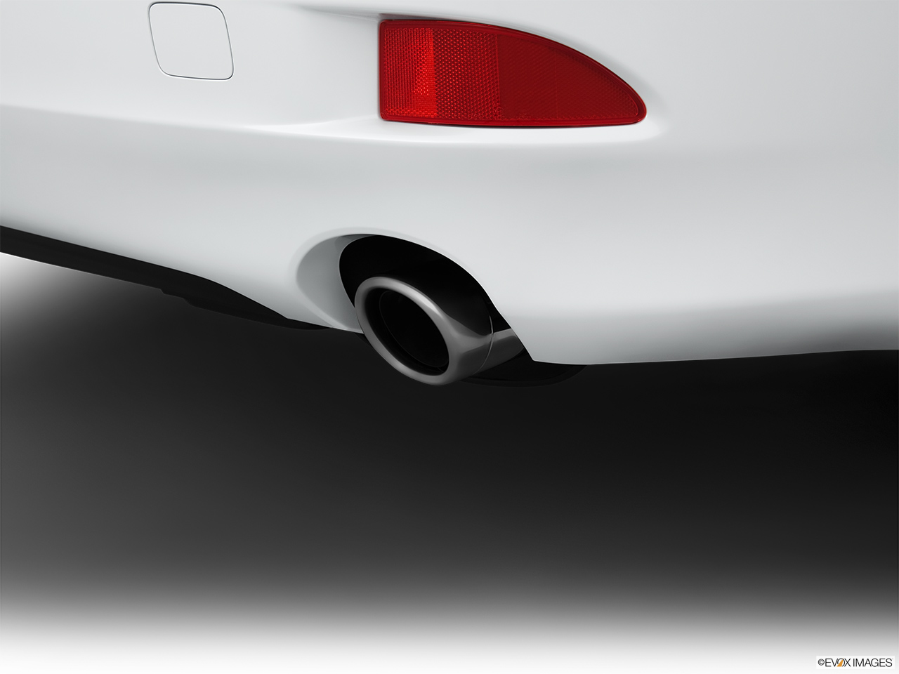 2013 Lexus IS 250 IS 250 RWD Chrome tip exhaust pipe.