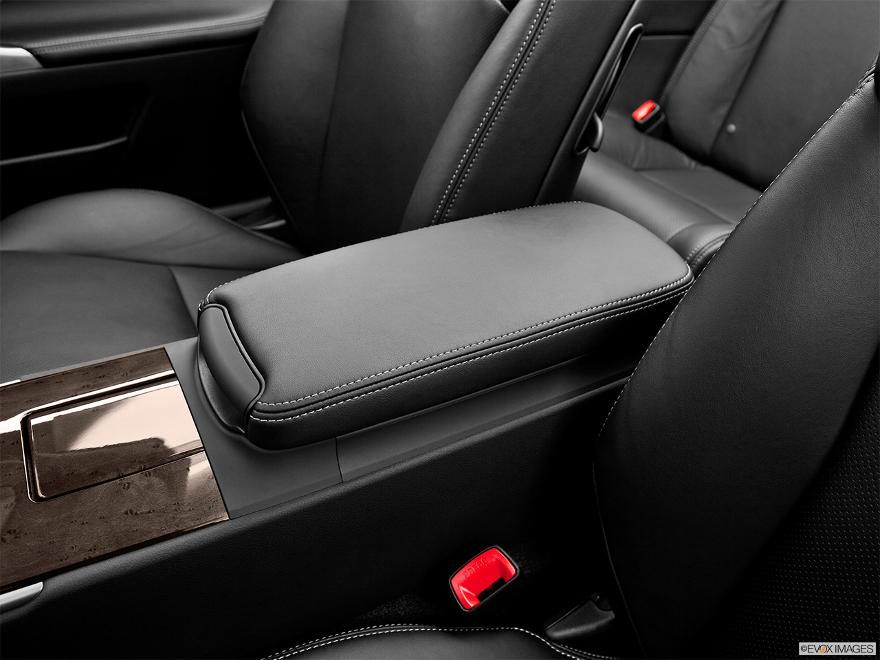 2013 Lexus IS 250C IS 250 C RWD Front center console with closed lid, from driver's side looking down