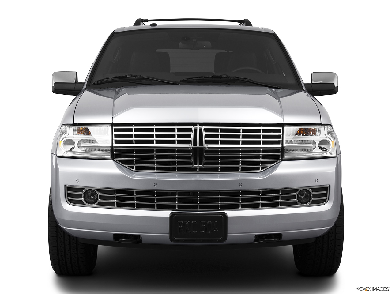2013 Lincoln Navigator Base Low/wide front.