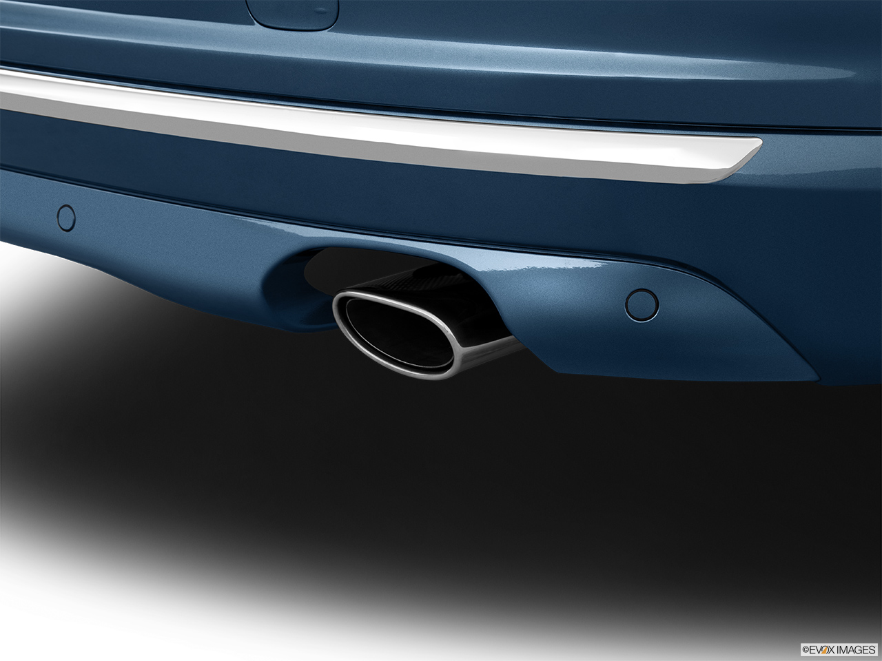 2014 Volvo S80 T6 AWD Platinum Chrome tip exhaust pipe.