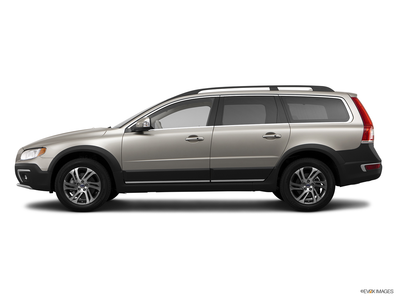 2021 Volvo XC70 3.2 AWD   Side