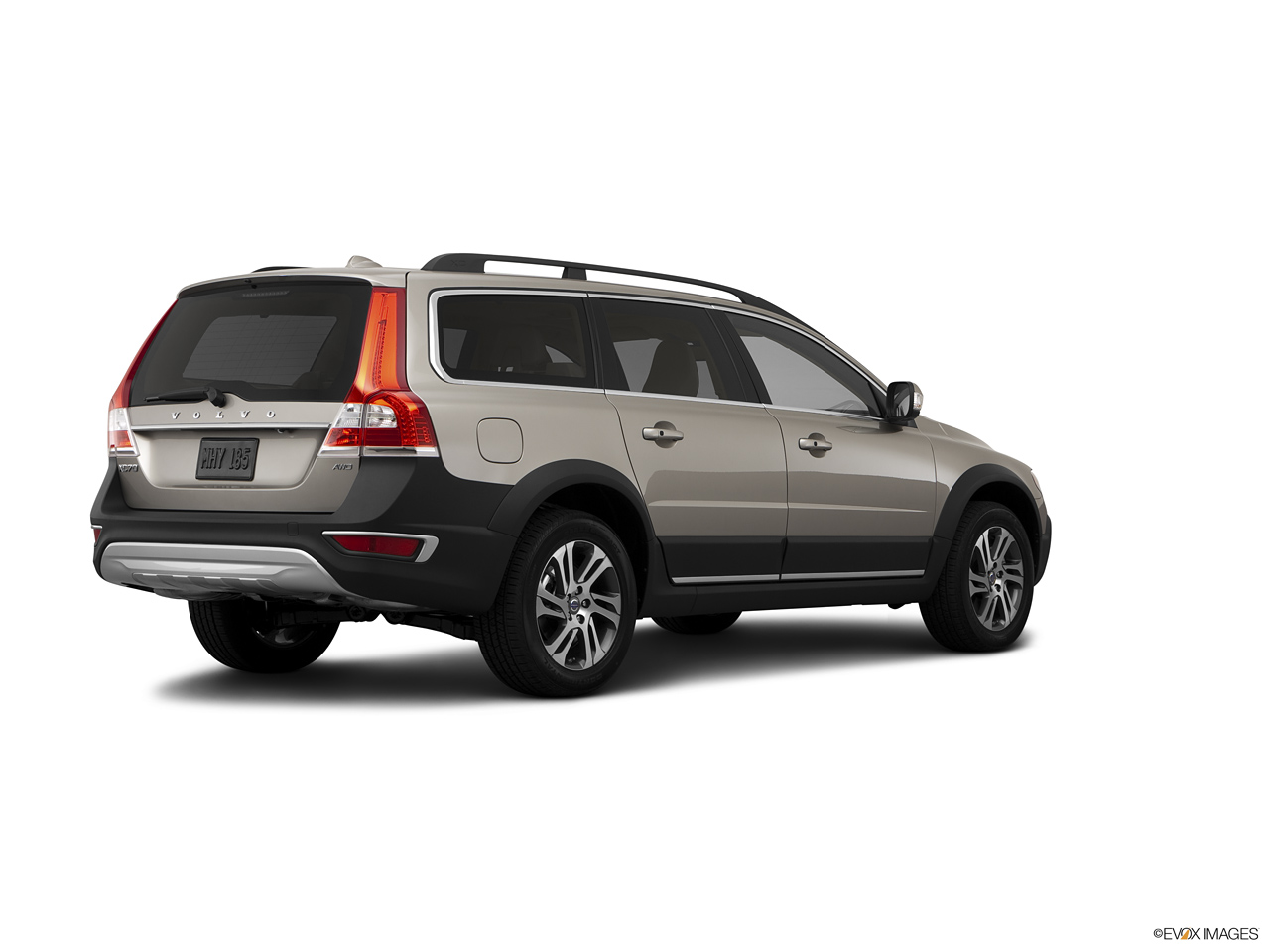 2021 Volvo XC70 3.2 AWD  Rear Quarter