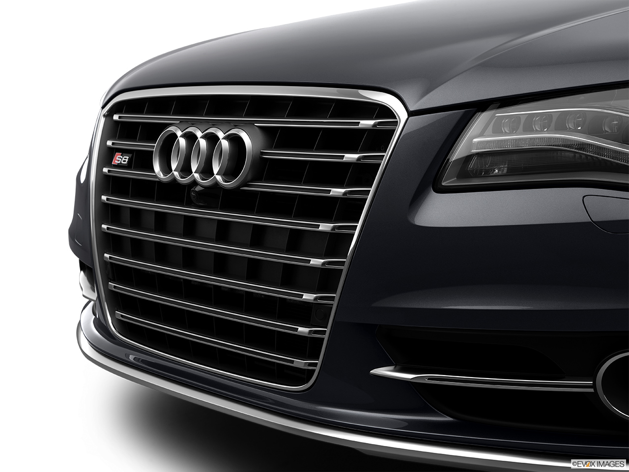 2014 Audi S8 4.0 TFSI Close up of Grill.