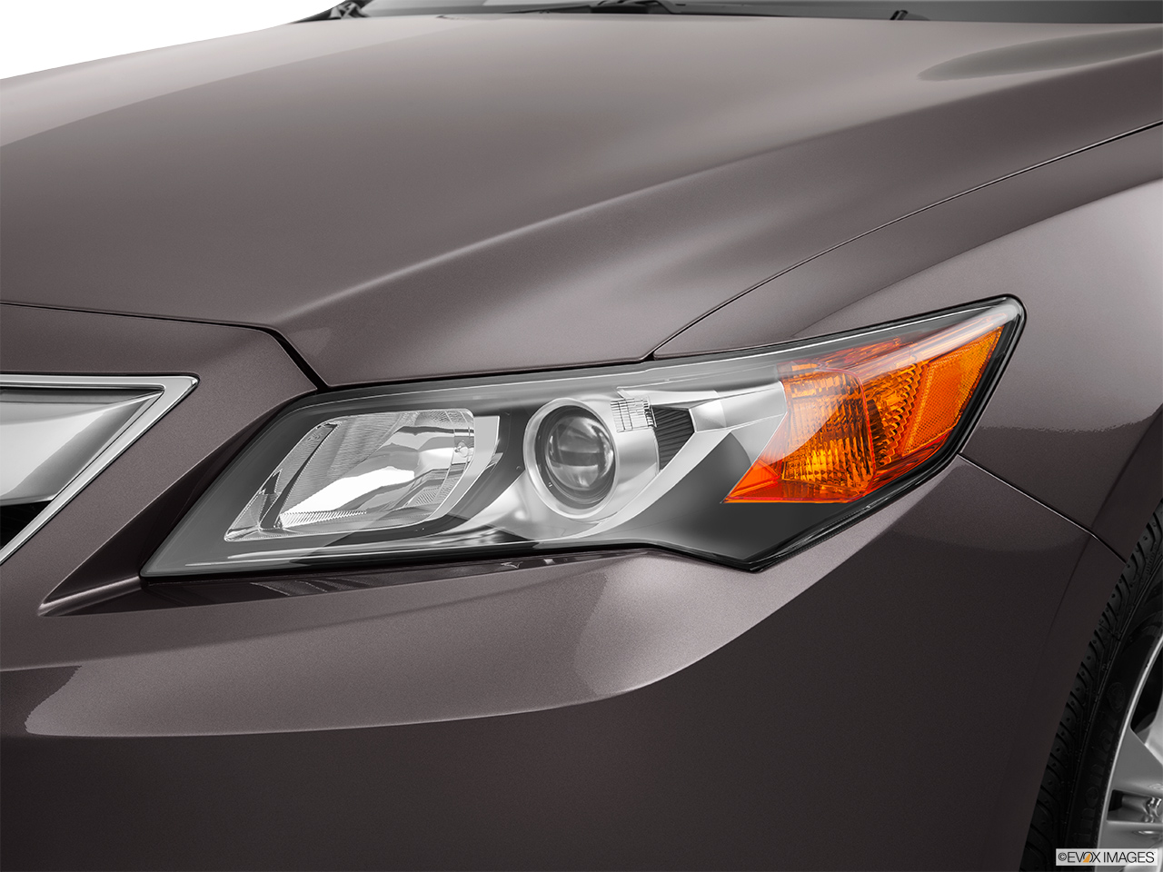 2014 Acura ILX Hybrid Base Drivers Side Headlight.