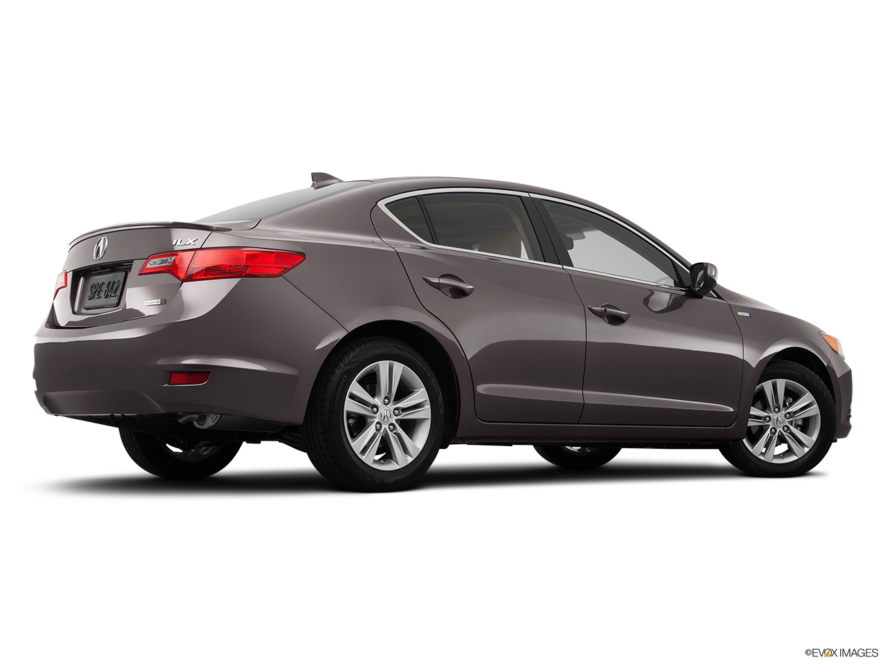 2014 Acura ILX Hybrid Base Low/wide rear 5/8.