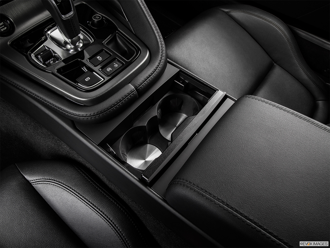 2015 Jaguar F-Type Coupe Base Cup holders.