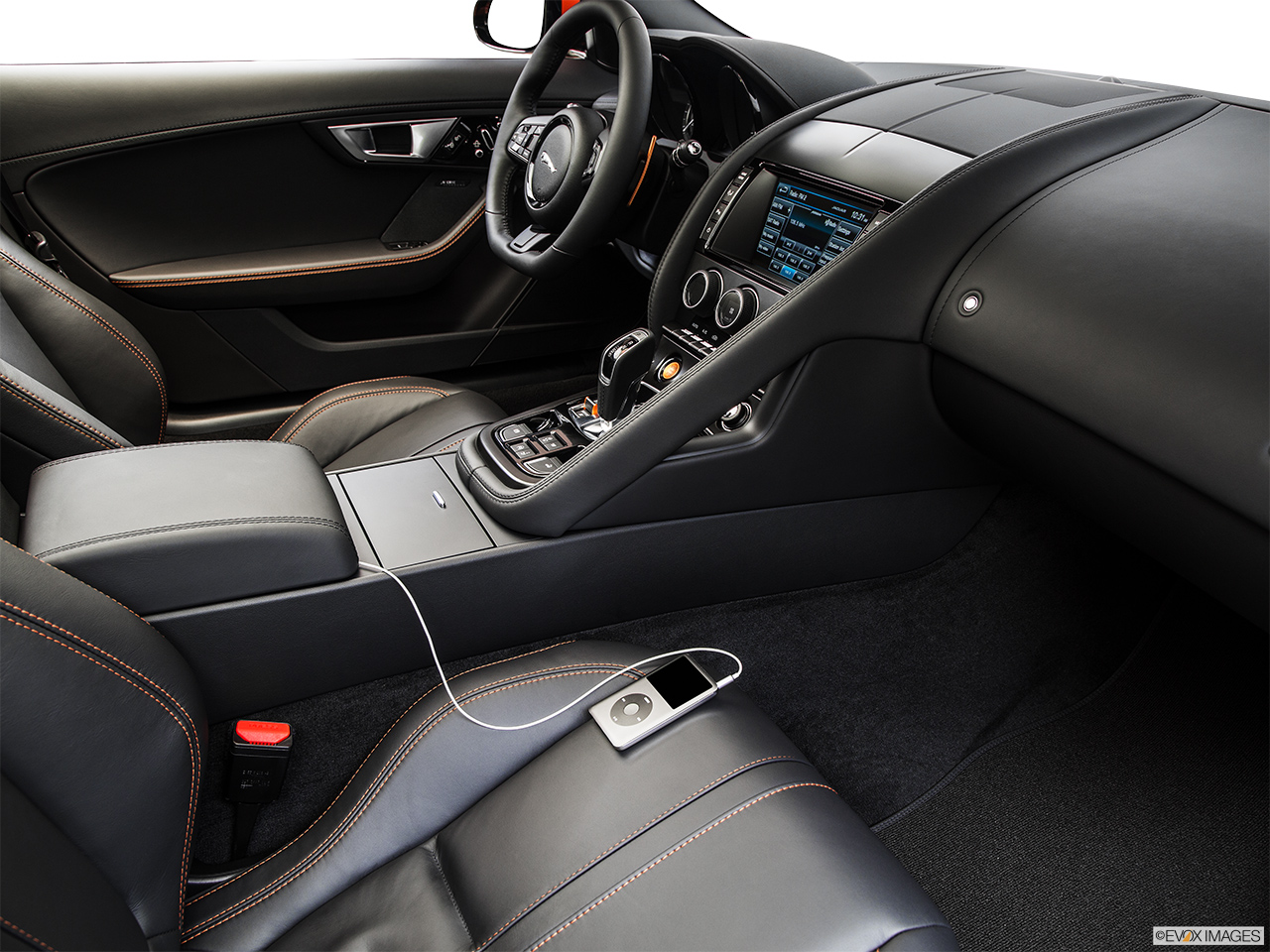 2015 Jaguar F-Type Convertible V8 S Auxiliary jack props.