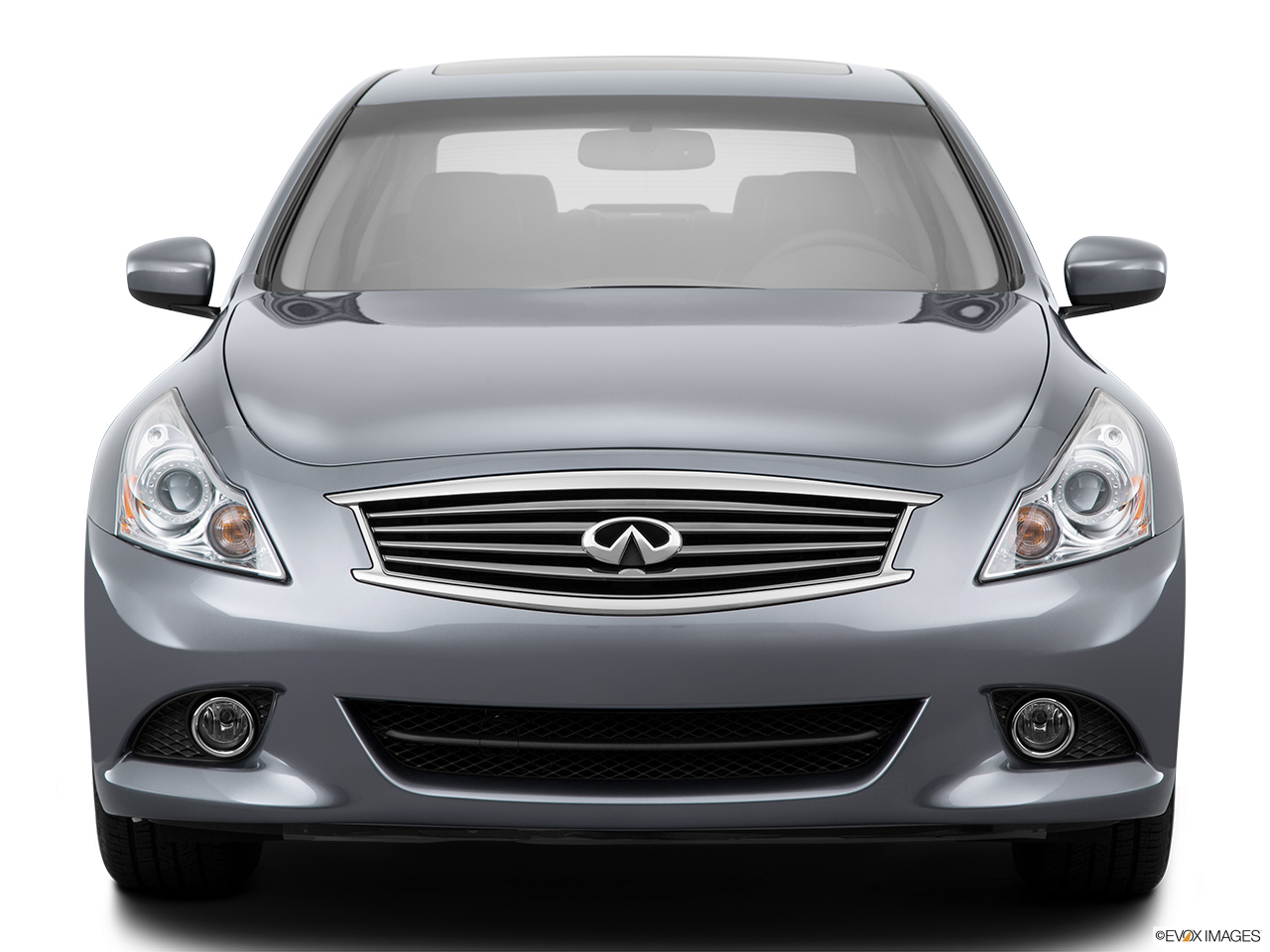 2015 Infiniti Q40 Base Low/wide front.